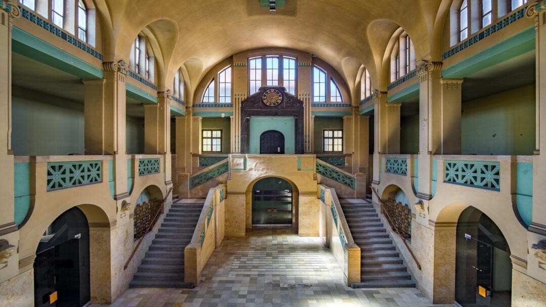 Eingangshalle Volksbad Nürnberg / 20170619154010