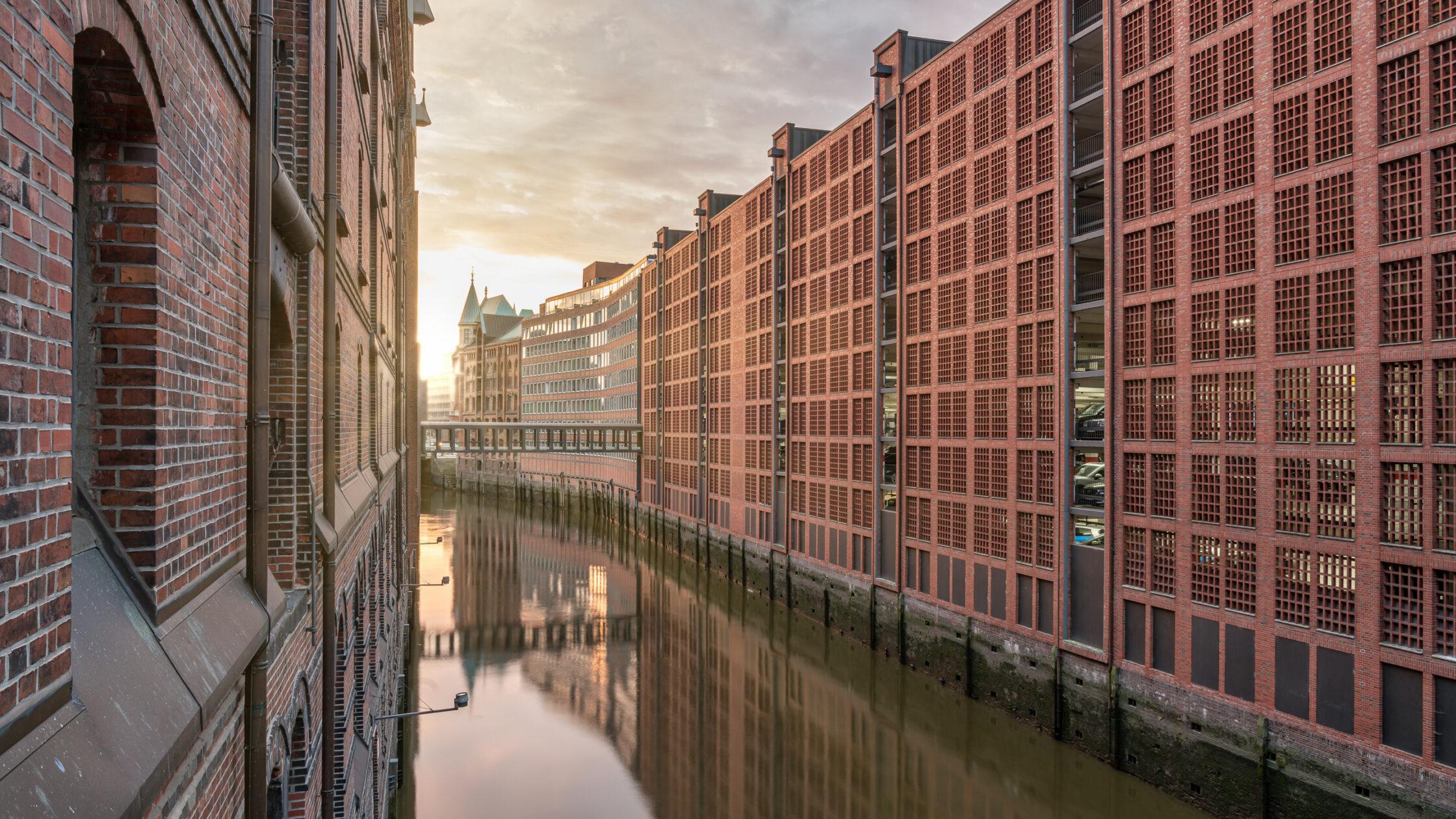 Brooksfleet Hamburg / 20210805055945