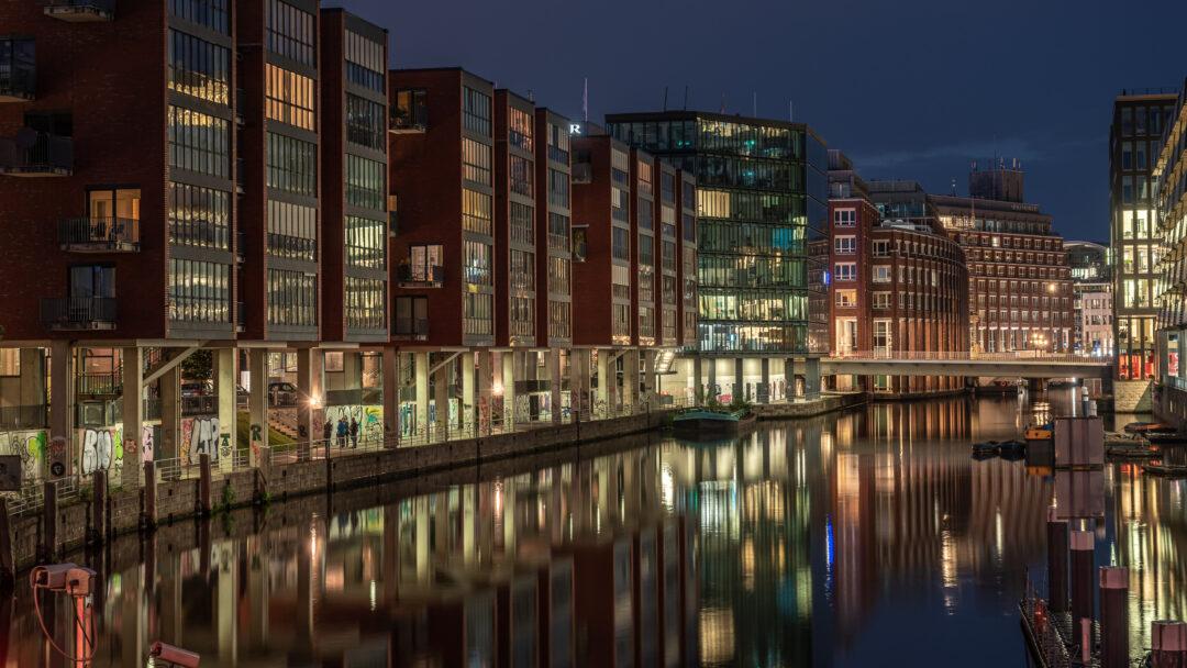 Alsterfleet Hamburg / 20210805220525